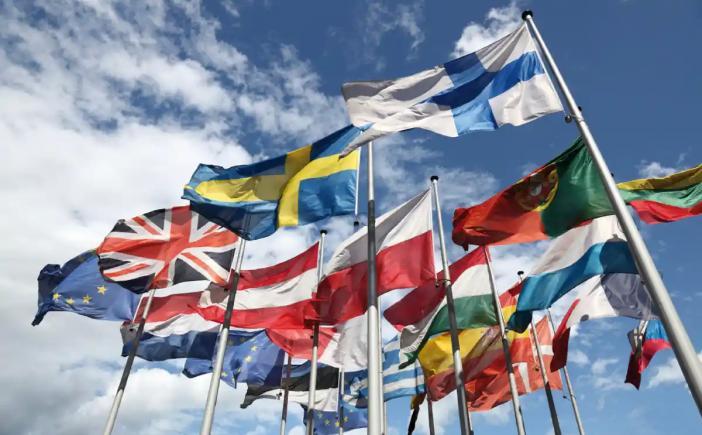 Imperiul secret al UE. Împotriva logicii și justiției, 340 de milioane de vest europeni bogați îi sug pe cei 103 milioane de estici săraci